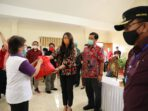 dr Kartika Devi Tanos MARS serahkan bantuan Pemprov