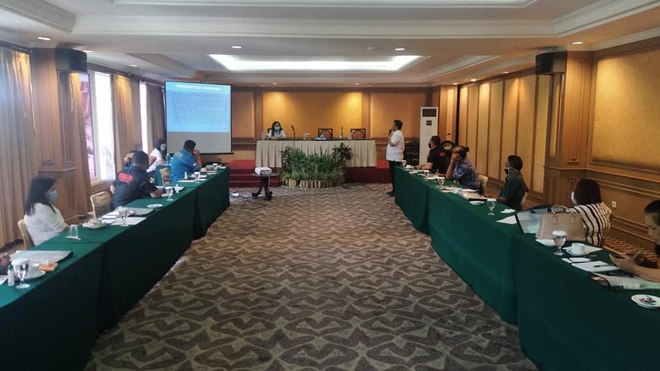 Kepala BNN Kota Manado Bpk AKBP Drs Reyno Franciano Bangkang, M.Si yang juga sebagai narasumber dalam acara workshop