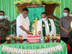 Gubernur Sulawesi Utara Olly Dondokambey menghadiri ibadah syukur HUT ke-10 Wilayah Bitung Sepuluh di GMIM Ikthus Batu Putih Atas, Kota Bitung