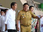 Presiden Jokowi bersama Gubernur Olly