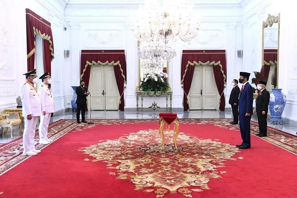 Presiden Joko Widodo (Jokowi) melantik Olly Dondokambey dan Steven OE Kandouw (Olly-Steven) sebagai Gubernur dan Wakil Gubernur Sulawesi Utara (Sulut) masa jabatan 2021-2024