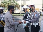 Operasi Keselamatan Samrat dan penyerahan bekal kesehatan kepada perwakilan personel TNI, Polri dan Dishub.