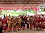 Gubernur Olly Resmikan Monumen Memorial Sibold Ulfers Park, di Desa Kumelembuai Satu